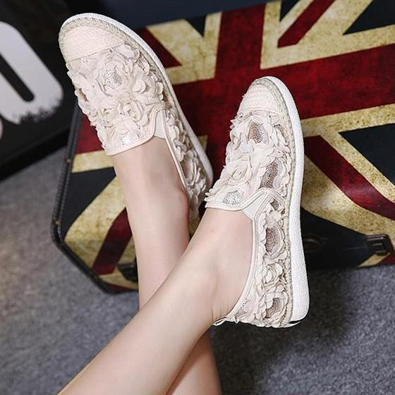 Apricot Round Toe Flat Flower Patchwork Casual Shoes
