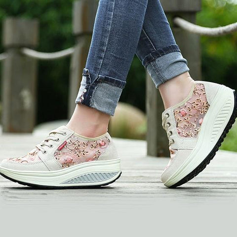 Apricot Round Toe Heavy-Soled Floral Print Casual Shoes