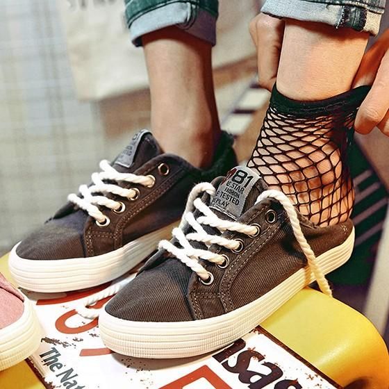 Grey Round Toe Flat Lace-up Casual Canvas Shoes