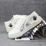 White Round Toe Flat Grenadine Patchwork Casual Canvas Shoes