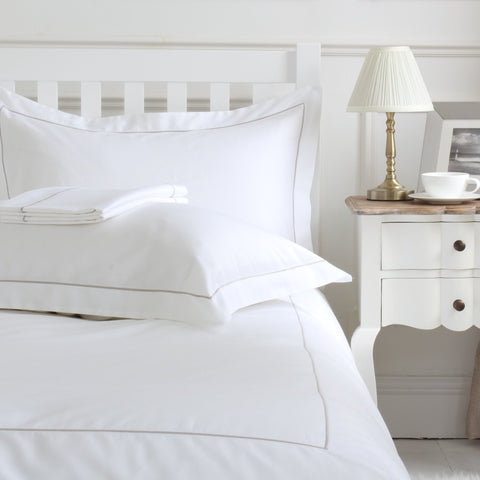 EARL Luxury Cotton Duvet Cover Set White with Grey Single Row Cord