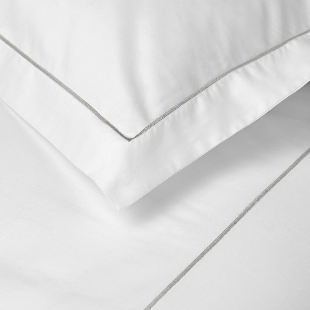 EARL Luxury Cotton Pillowcases White with Grey Single Row Cord