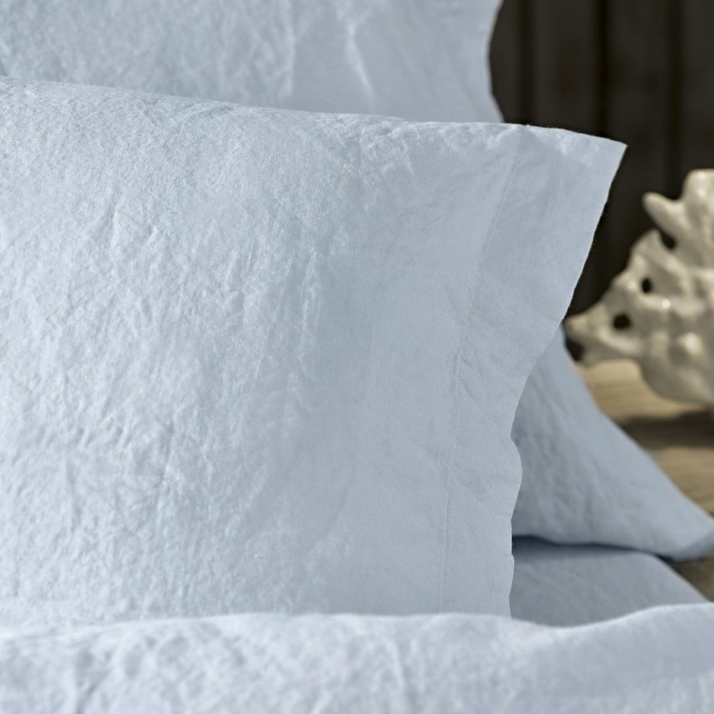 REMS Pure Linen Pillowcase Cloudy Blue Corner Detail