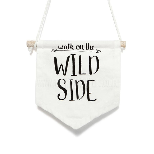 Wall Decor . Banner / White Cotton - Wild Side
