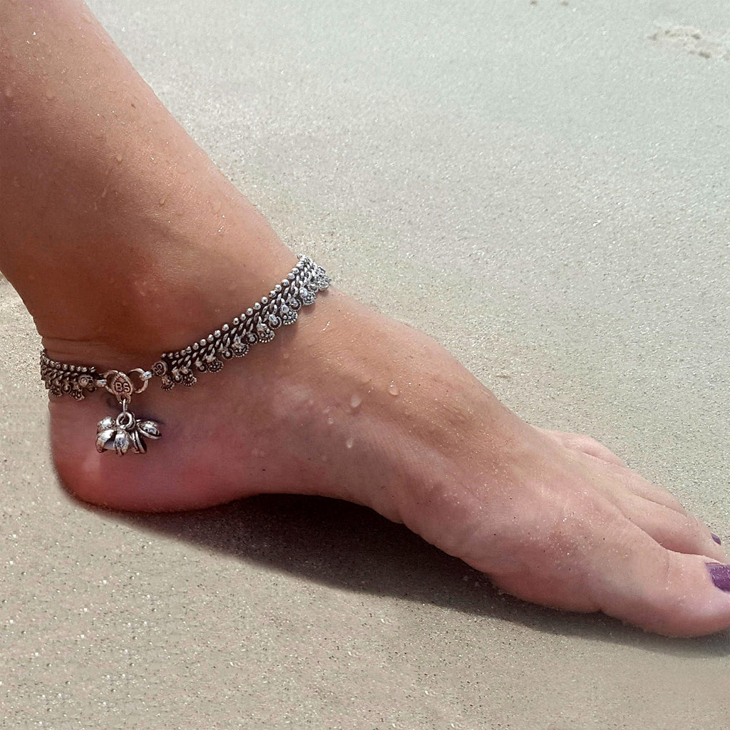 Silver anklet for belly dance