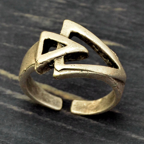 Geometric Arrow Ring