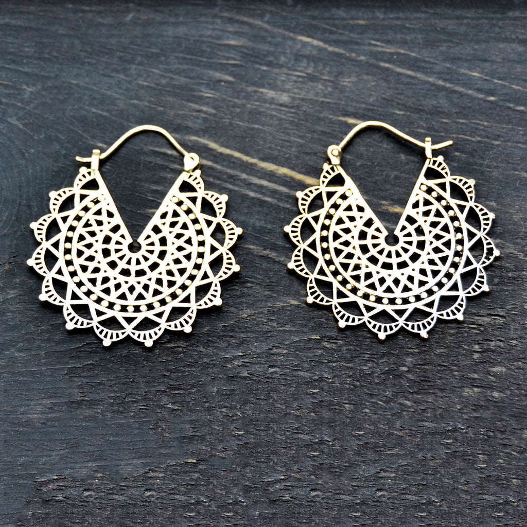 Filigree sun earrings