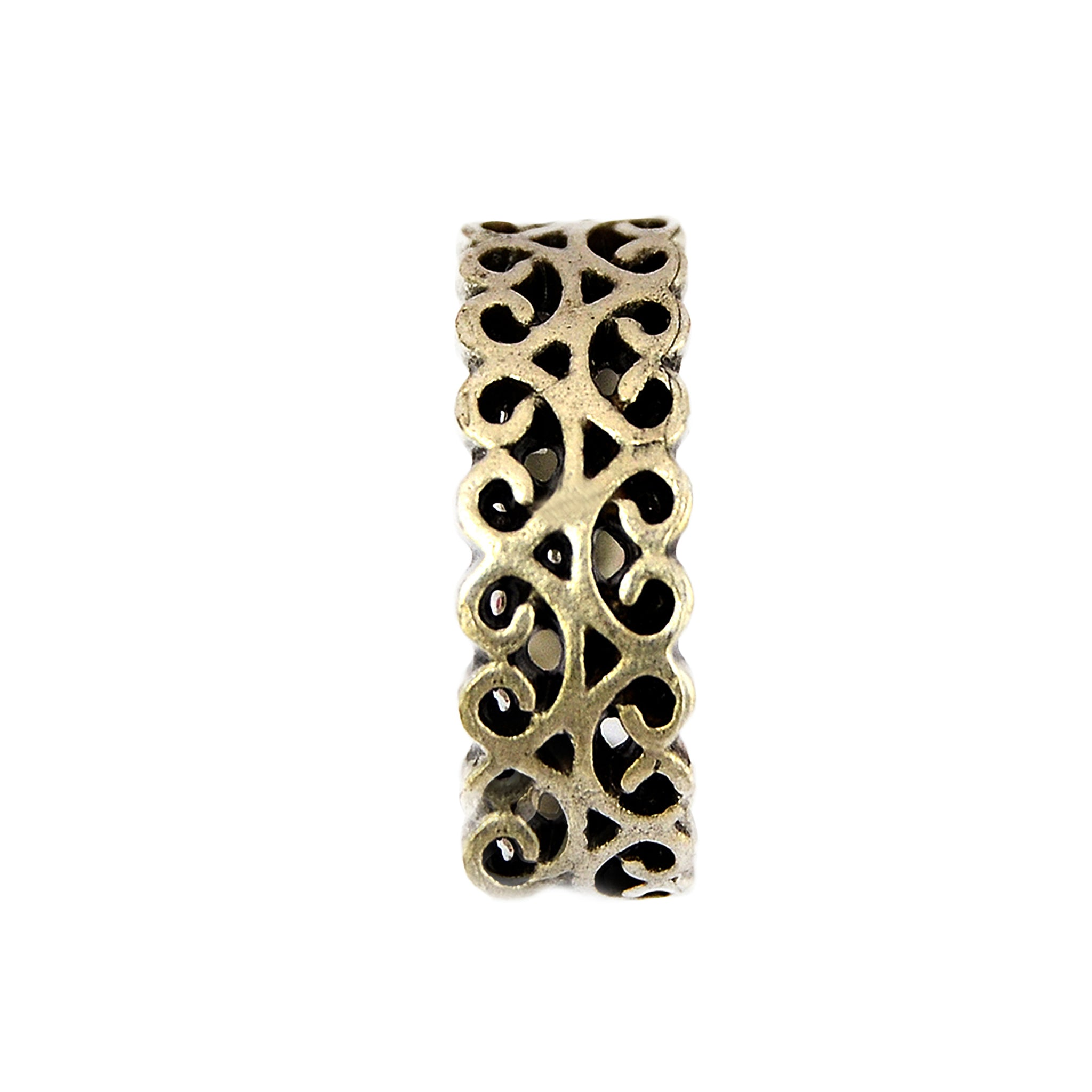 Vintage silver filigree ring