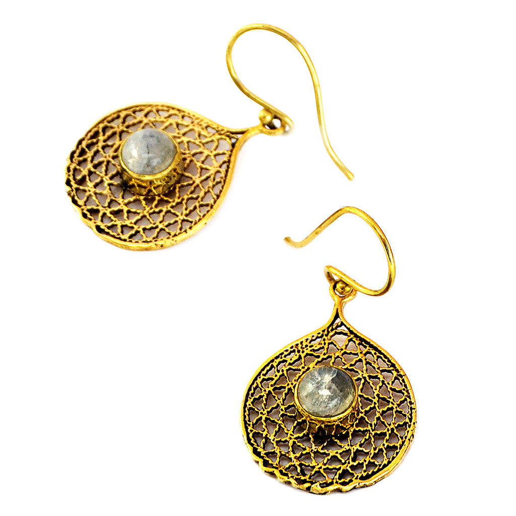 Filigree earrings with moonstone