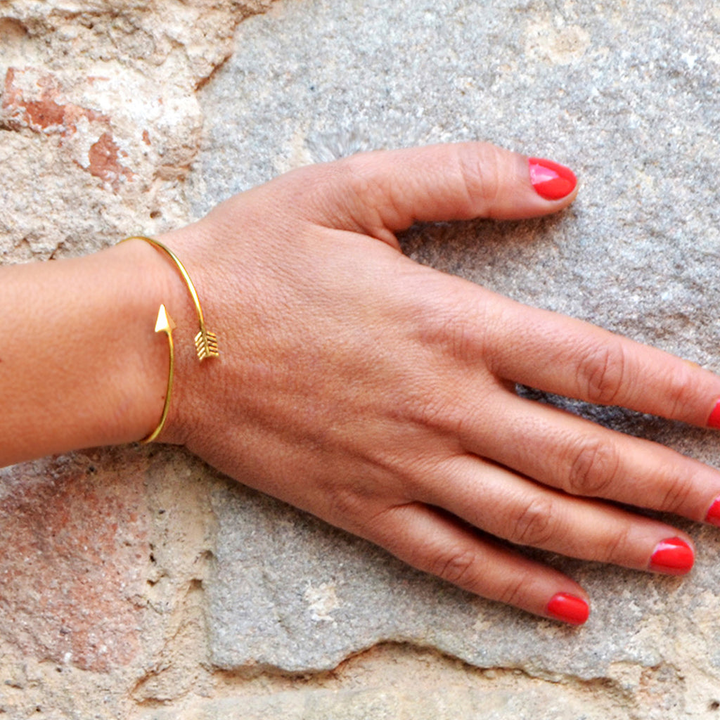 Gold arrow bangle