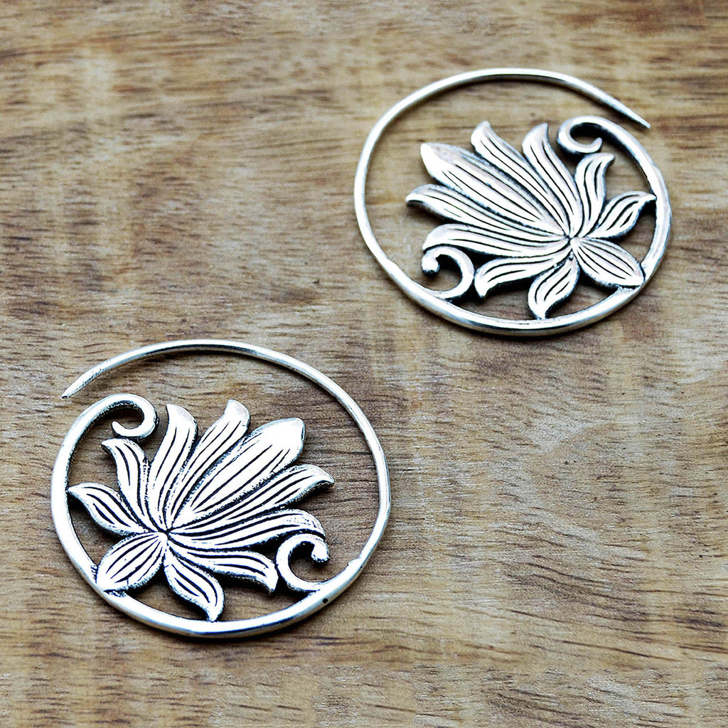 Flower lotus earrings