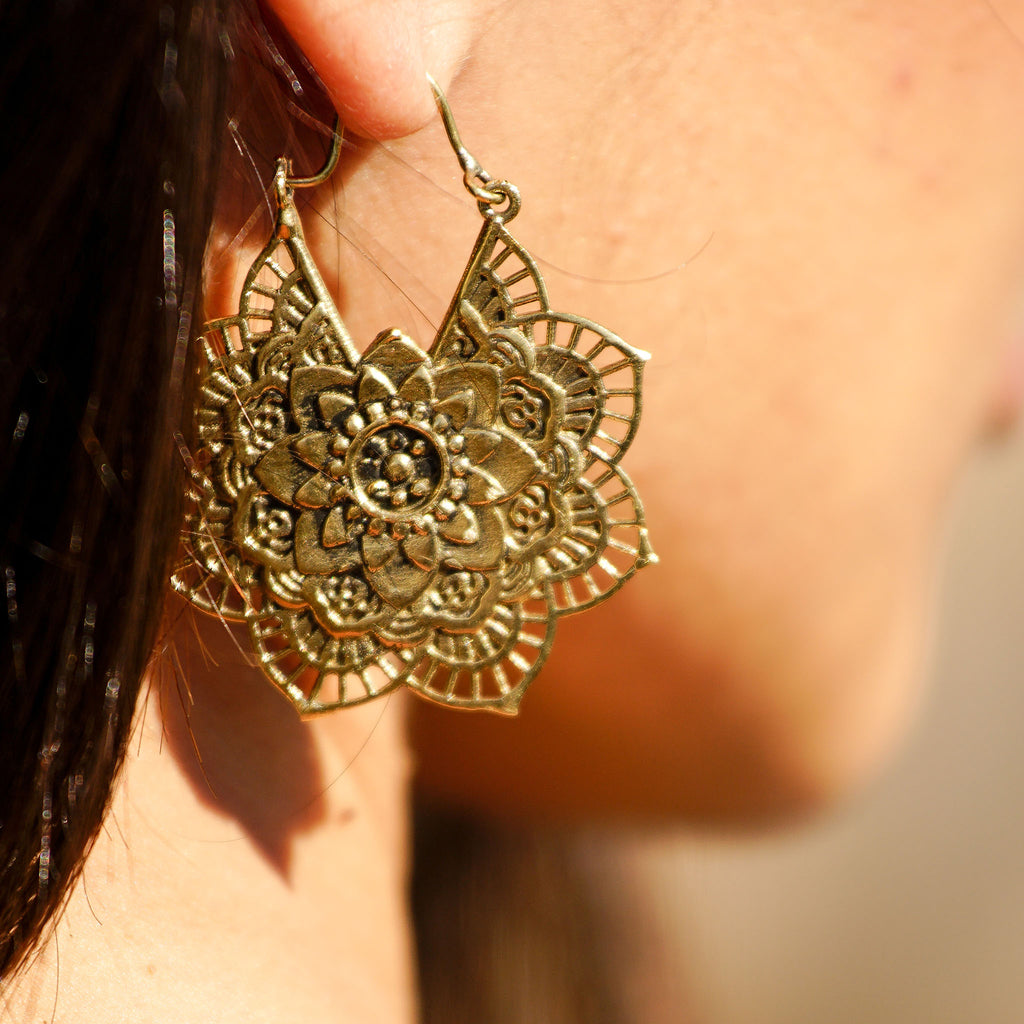 Elegant brass mandala flower earrings