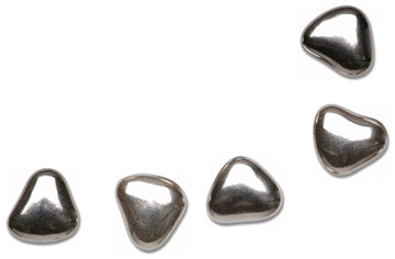 1kg Silver Small Chocolate Heart Dragees 1cm