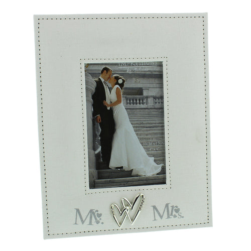 Mr. And Mrs. Linen Photo Frame 4x6 Print
