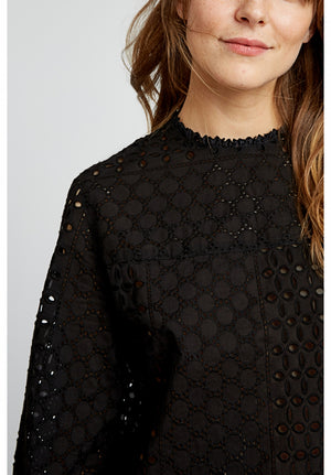 Mia Broderie Blouse