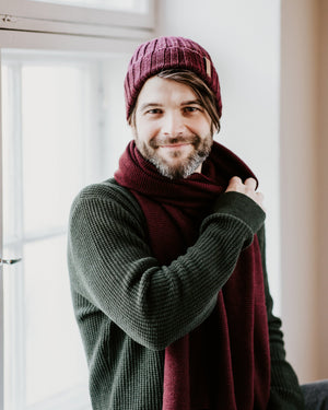 Merino Rib Hat - Wine Red