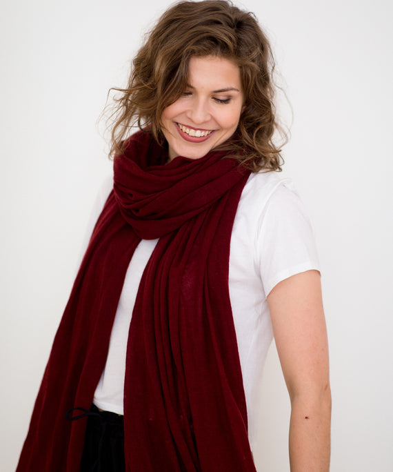 Large Knitted Cashmere Scarf - Merlot