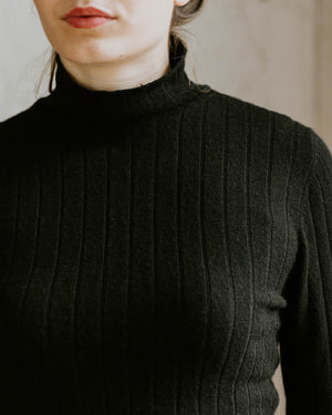 Isla Turtleneck - Black