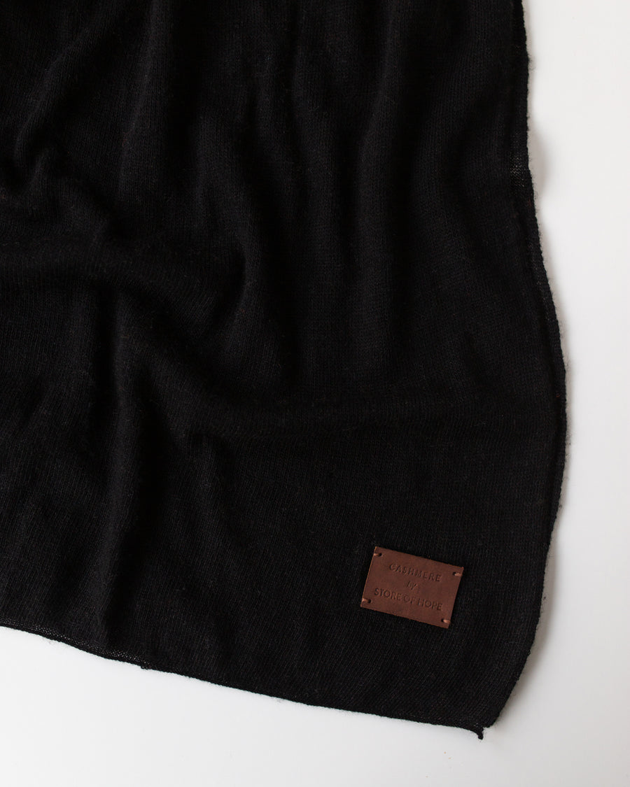 Large Knitted Cashmere Scarf - Black