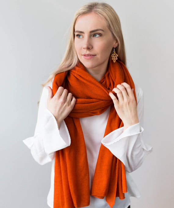 Large Knitted Cashmere Scarf - Ginger