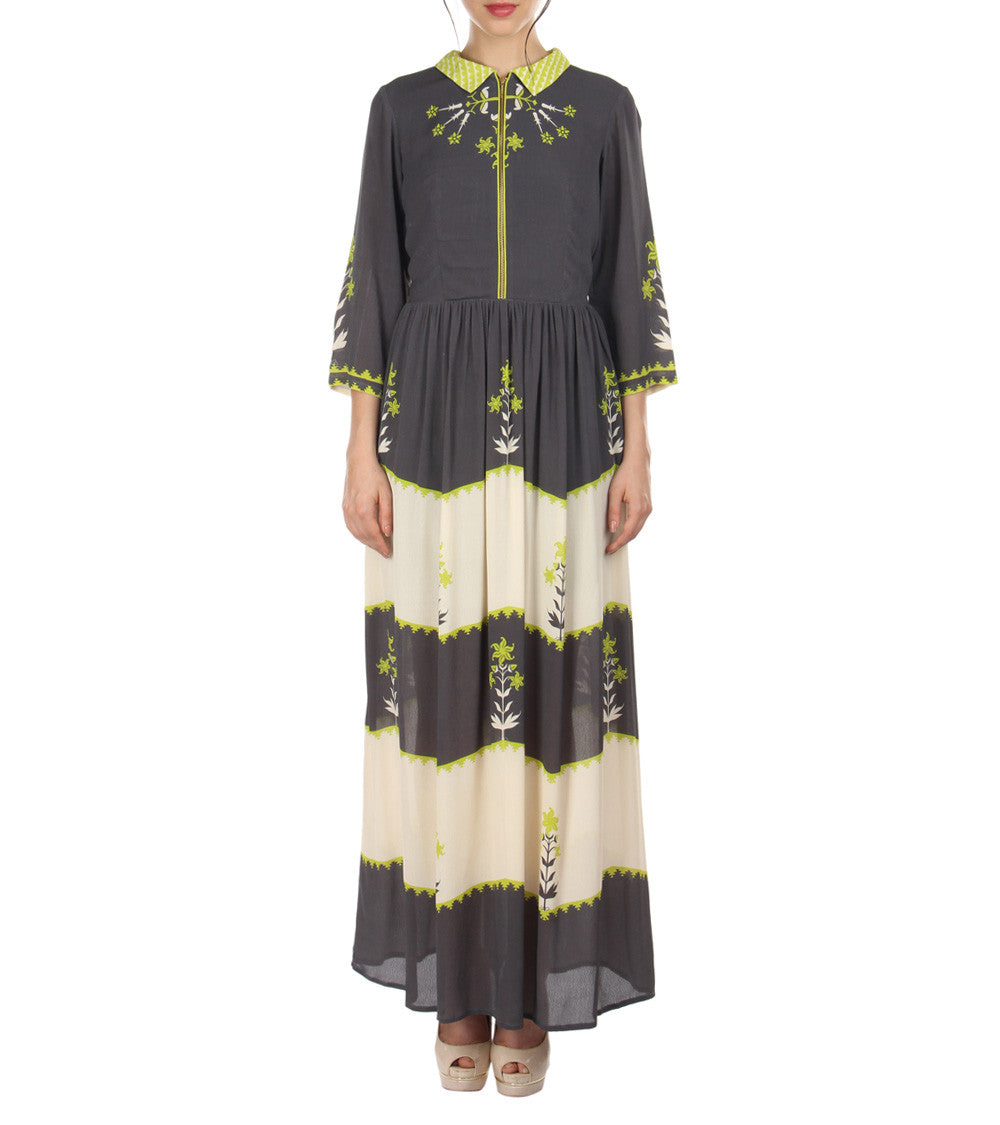 Off White & Charcoal Black Moss Crepe Printed Dress