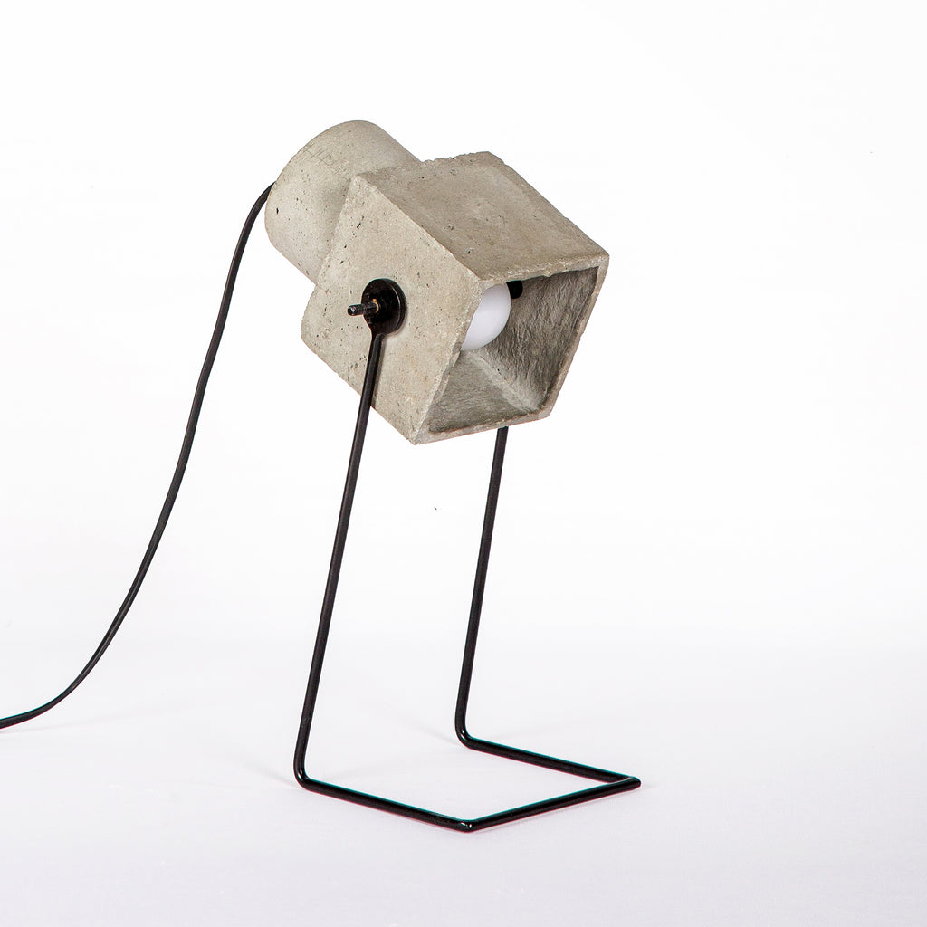 Cubiturn Sleek Table Lamp