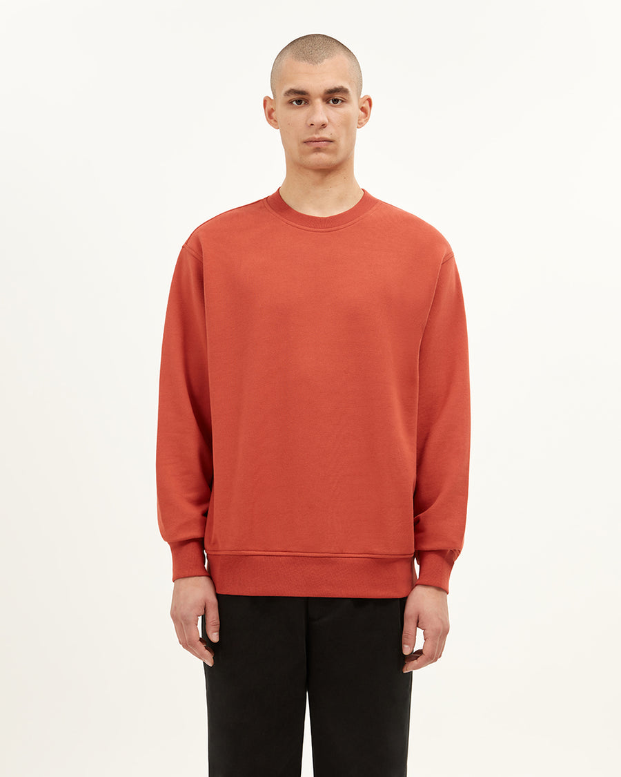 Ruislip crew neck sweatshirt  - Organic loopback cotton - Generous fit  - Ribbed cuffs and hem - 100% Cotton