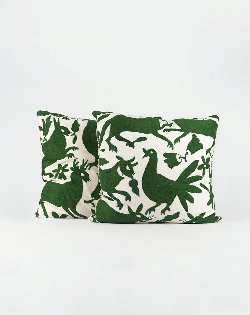 products/green-animal-pillow-duo.jpg