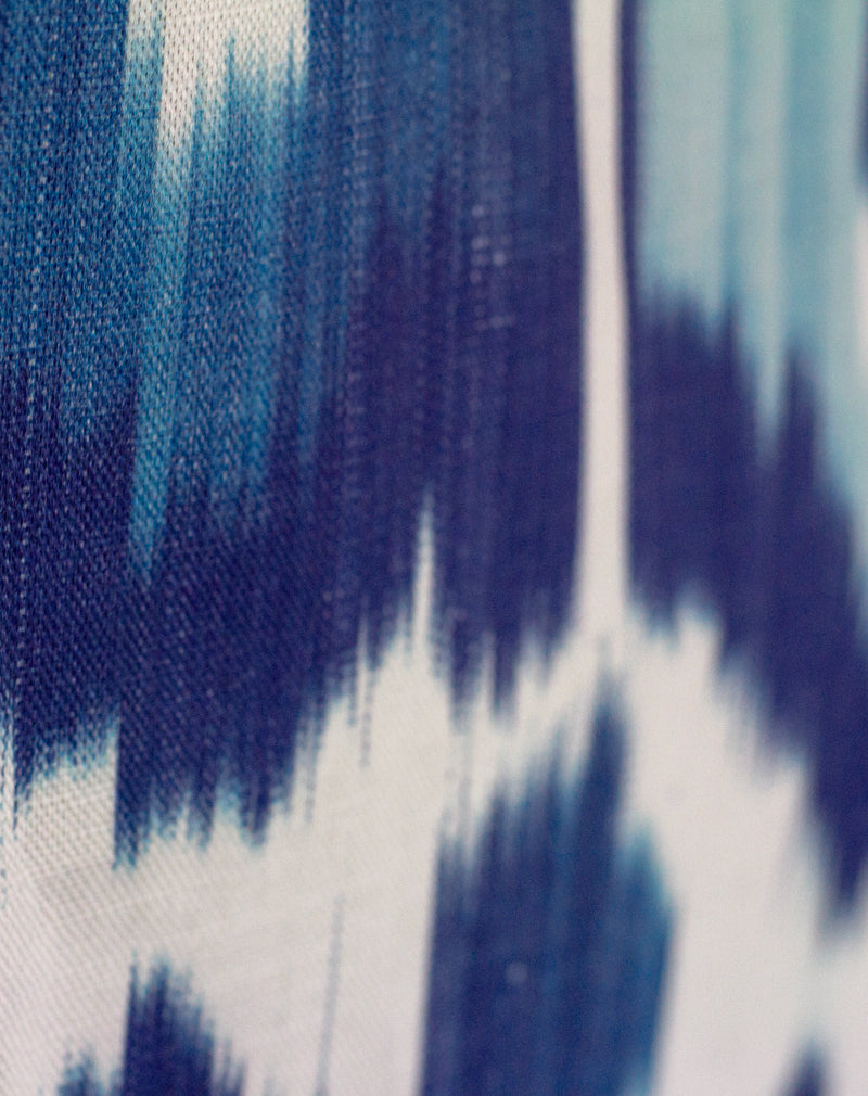 products/happy-ikat-cyan-detail.jpg