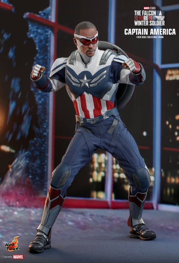 Hot Toys - The Falcon and The Winter Soldier: Captain America