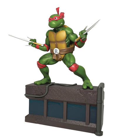 Teenage Mutant Ninja Turtles - Raphael 1:8 Scale Statue