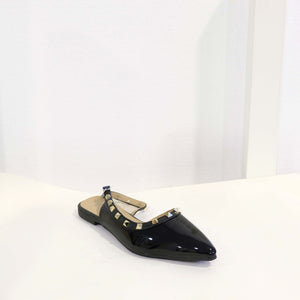Studs D'orasy Flat in Black