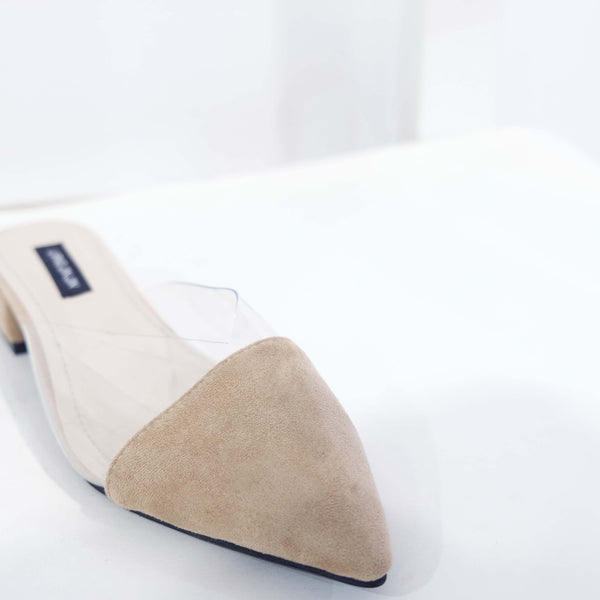 Suede Pointed Flat in Apricot