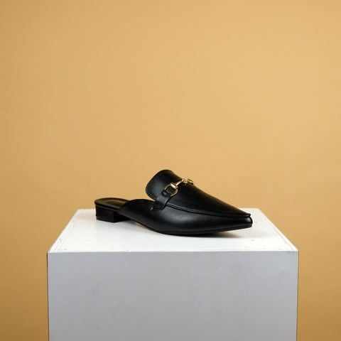 Dabrylla Flat in Black