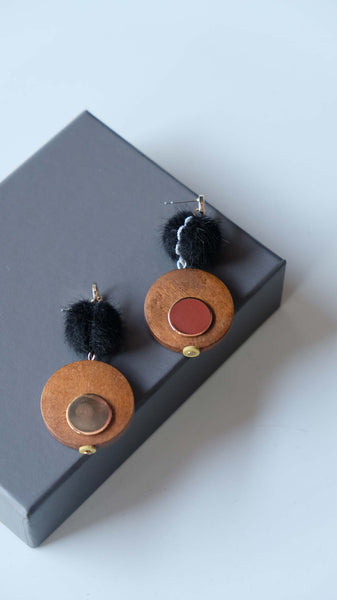 Joeyl Earings in Black