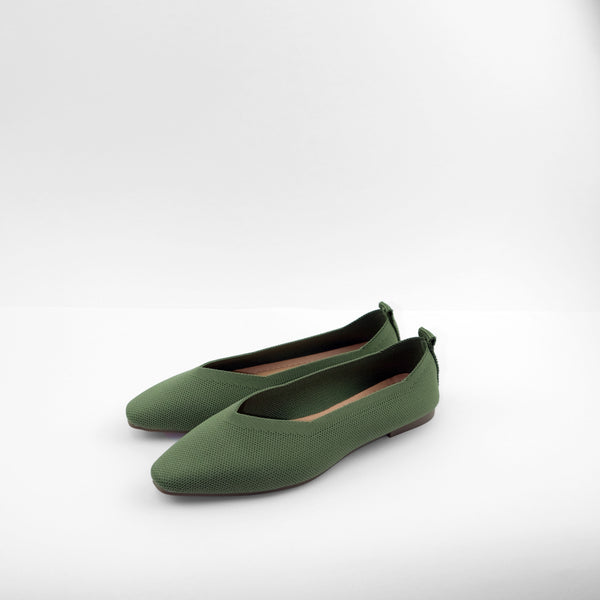 Dido Pointed Toe Flat in Green