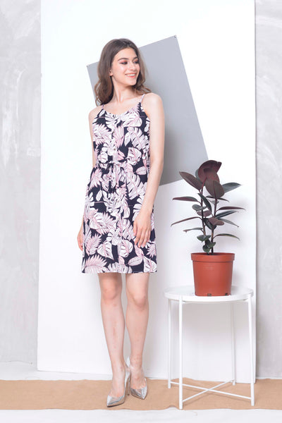 Casual -Lona Dress in Black