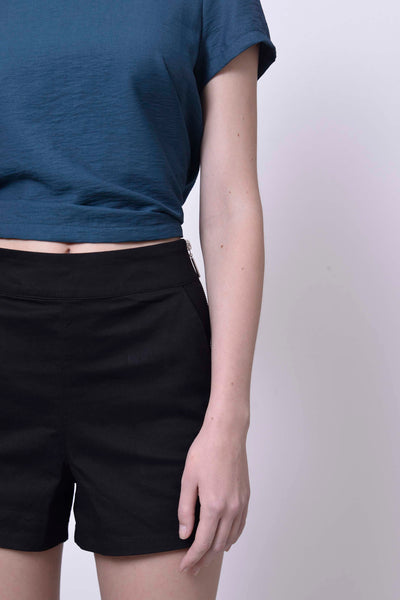 BASICS-Laure shorts in Black