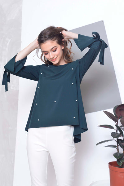 Basics-Caine Top in Green