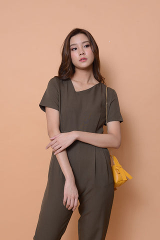 Collection-designer jumpsuit in ar.green