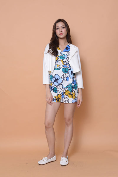 Collection- Bloomy prints jumpuit in white