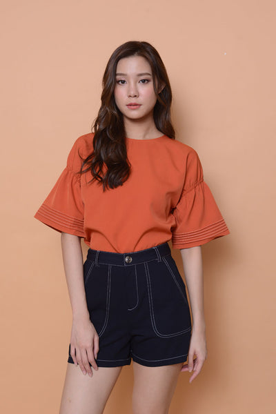Casual- Flare sleeve top in orange