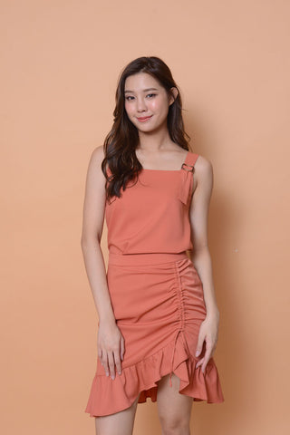 Casual- Ladies top in Chic peach