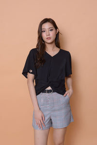 Casual-Flutter sleeve eyelet top in black