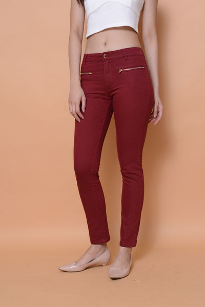 Collection-Stretchable cotton jeans in maroon