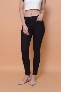 Collection-Stretchable cotton jeans in black