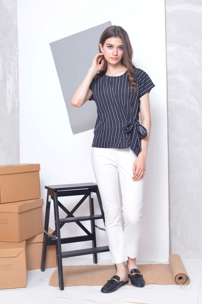 Casual -Maika Top in Black
