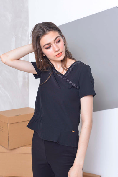 Collections-Oliver Top in Black