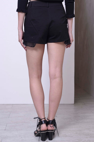 Calla Shorts in Black