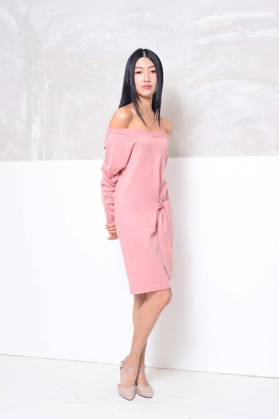 Knit- Wide shoulder ribbon tier mini dress in pink